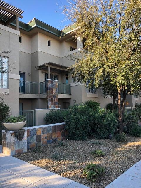 Photo of 815 E ROSE Lane #134, Phoenix, AZ 85014