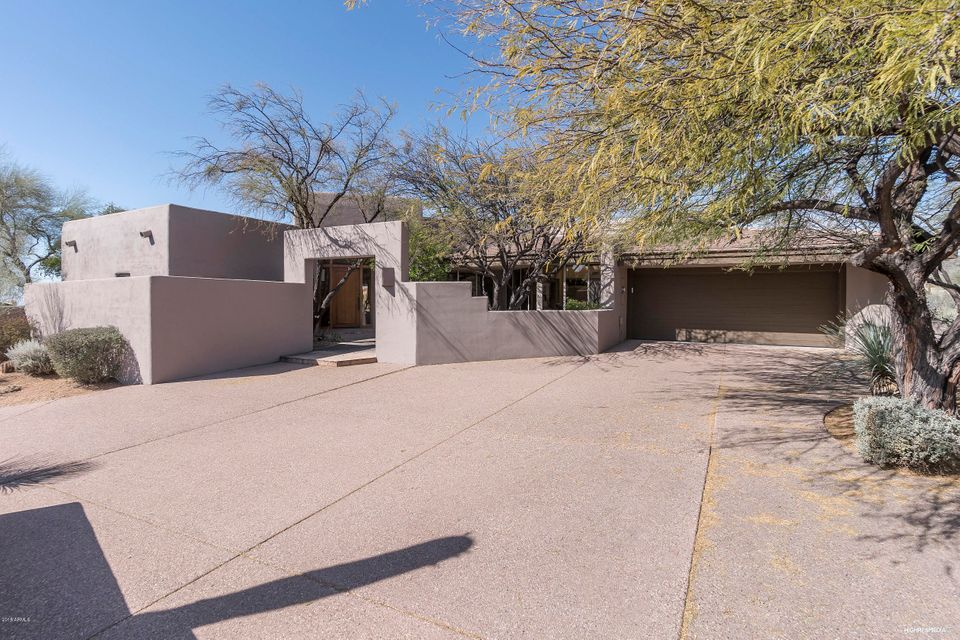 Photo of 10726 E TAMARISK Way, Scottsdale, AZ 85262