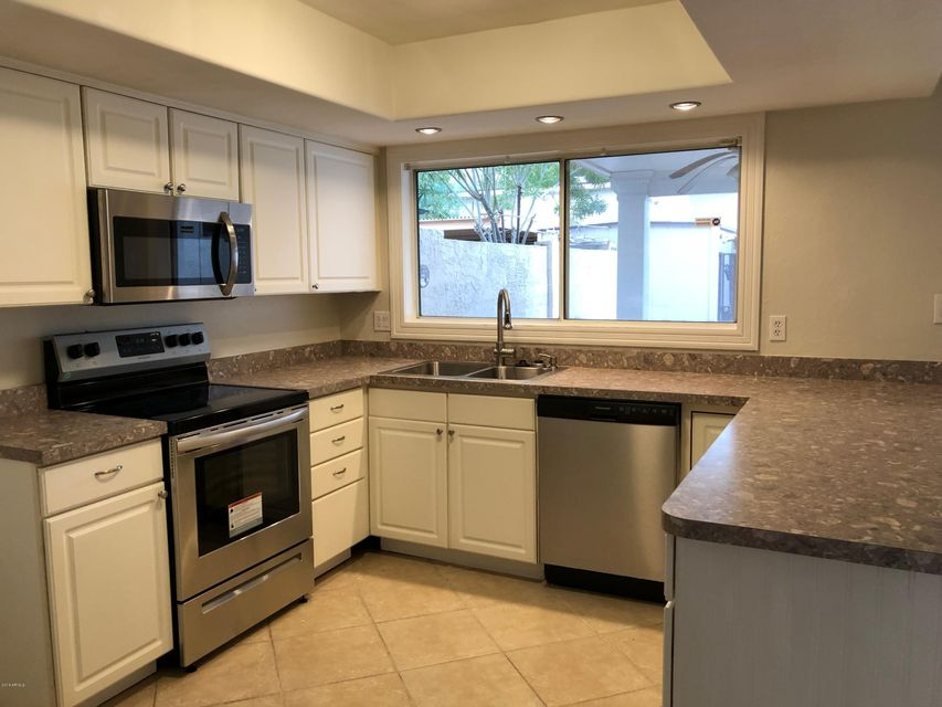 8031 N 32ND Avenue Phoenix, AZ 85051 - MLS #: 5728057