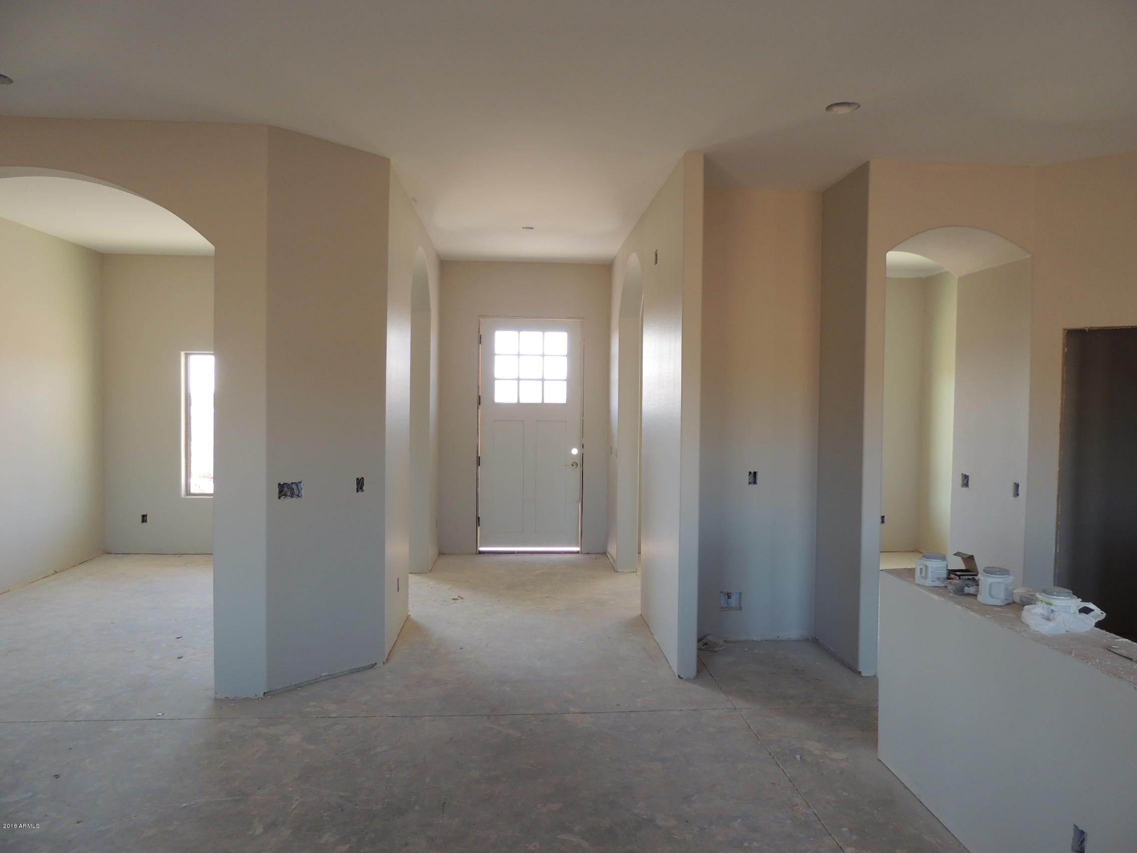 MLS 5729130 22208 W Laura Street, Wittmann, AZ Wittmann AZ Newly Built