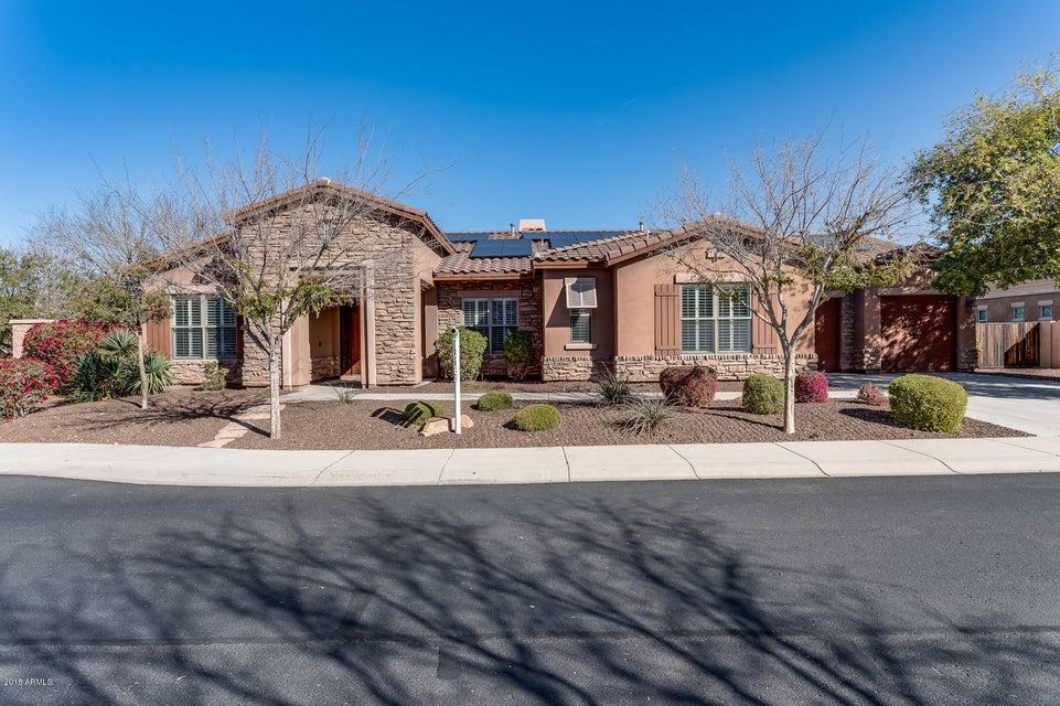 Photo of 3124 E BEAUTIFUL Lane, Phoenix, AZ 85042