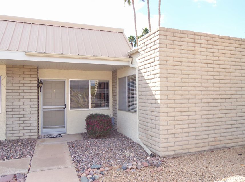 Photo of 5518 E LINDSTROM Lane #B5, Mesa, AZ 85215