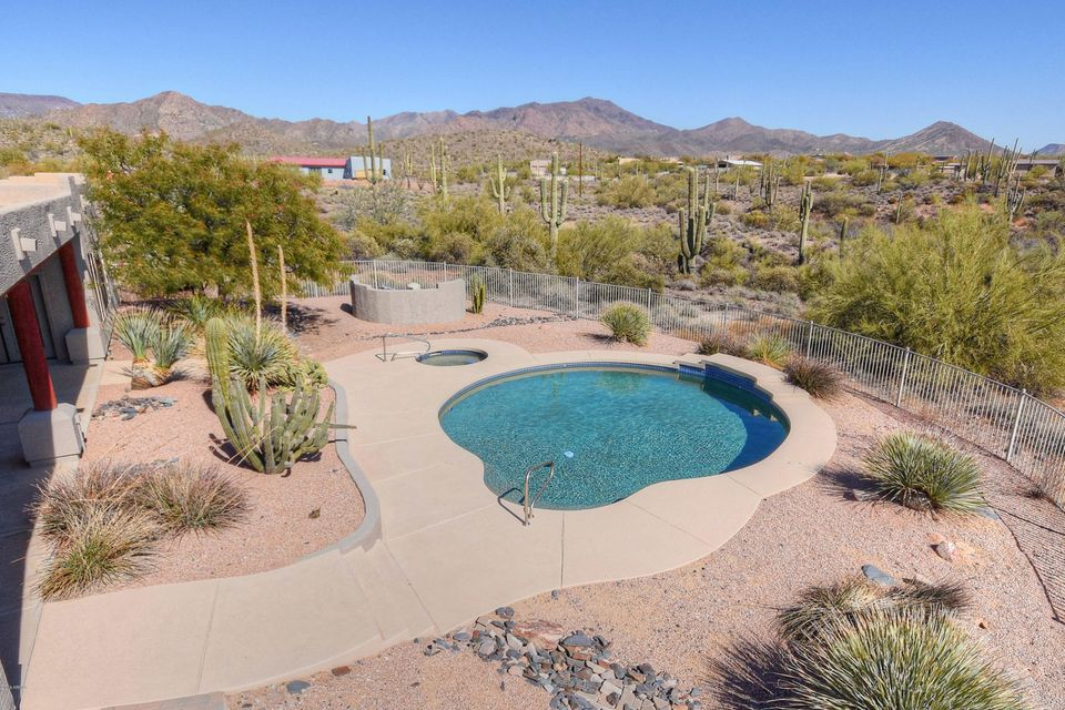 41585 N IRONWOOD Bluff Cave Creek, AZ 85331 - MLS #: 5730280