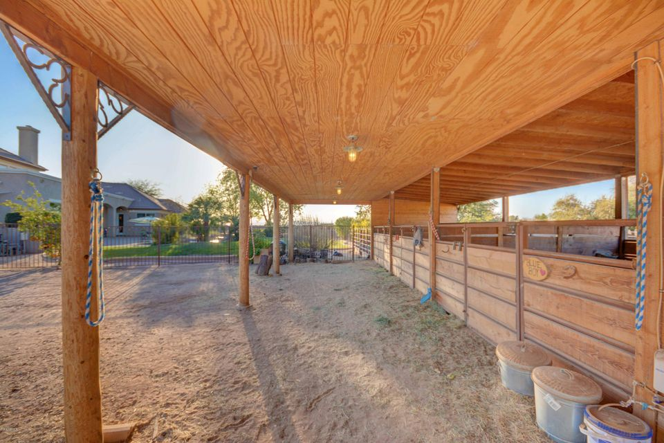 MLS 5730566 2542 E SCORPIO Place, Chandler, AZ Horse Property