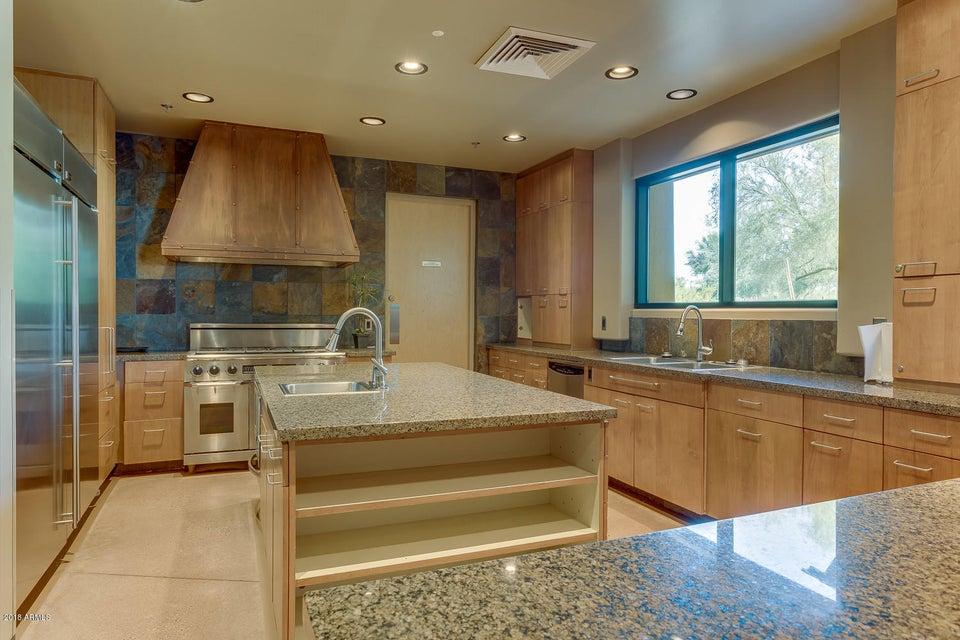 MLS 5730706 3935 E ROUGH RIDER Road Unit 1252 Building 18, Phoenix, AZ Phoenix AZ Luxury