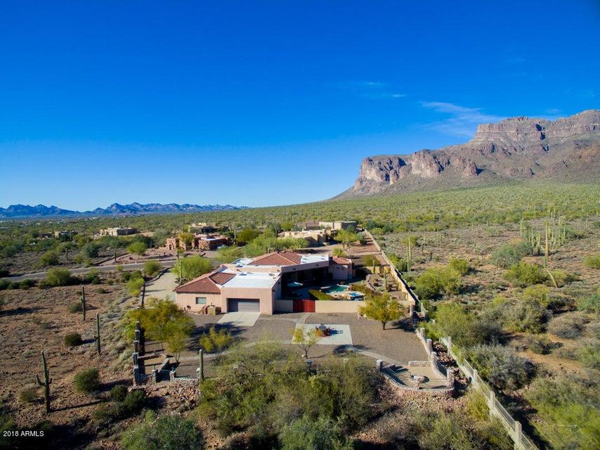 MLS 5732150 925 S COTTONTAIL Court, Apache Junction, AZ 85119 Apache Junction AZ One Plus Acre Home