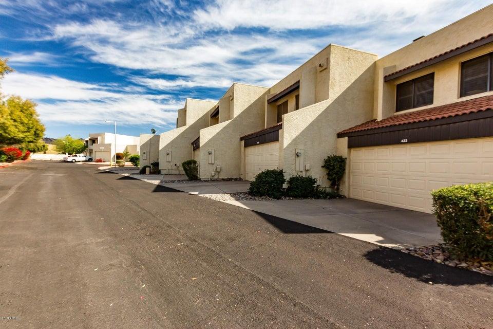 Photo of 423 E IRONWOOD Drive, Phoenix, AZ 85020