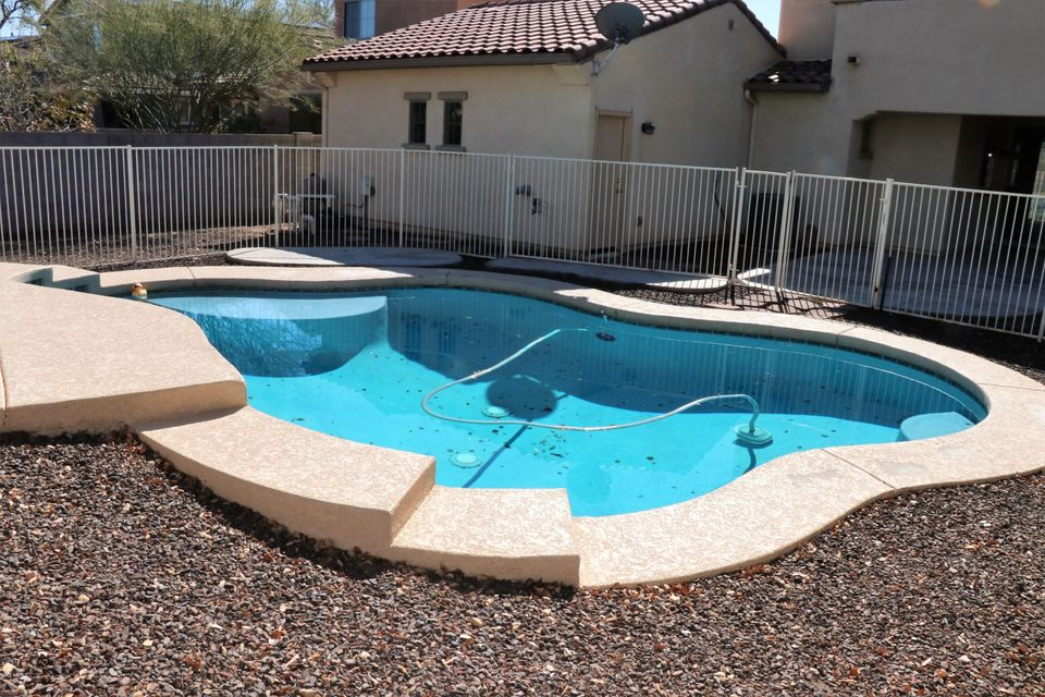 Photo of 15354 W DREYFUS Street, Surprise, AZ 85379