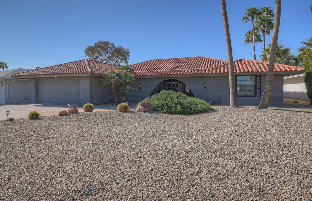 Photo of 12709 W BANYAN Drive, Sun City West, AZ 85375