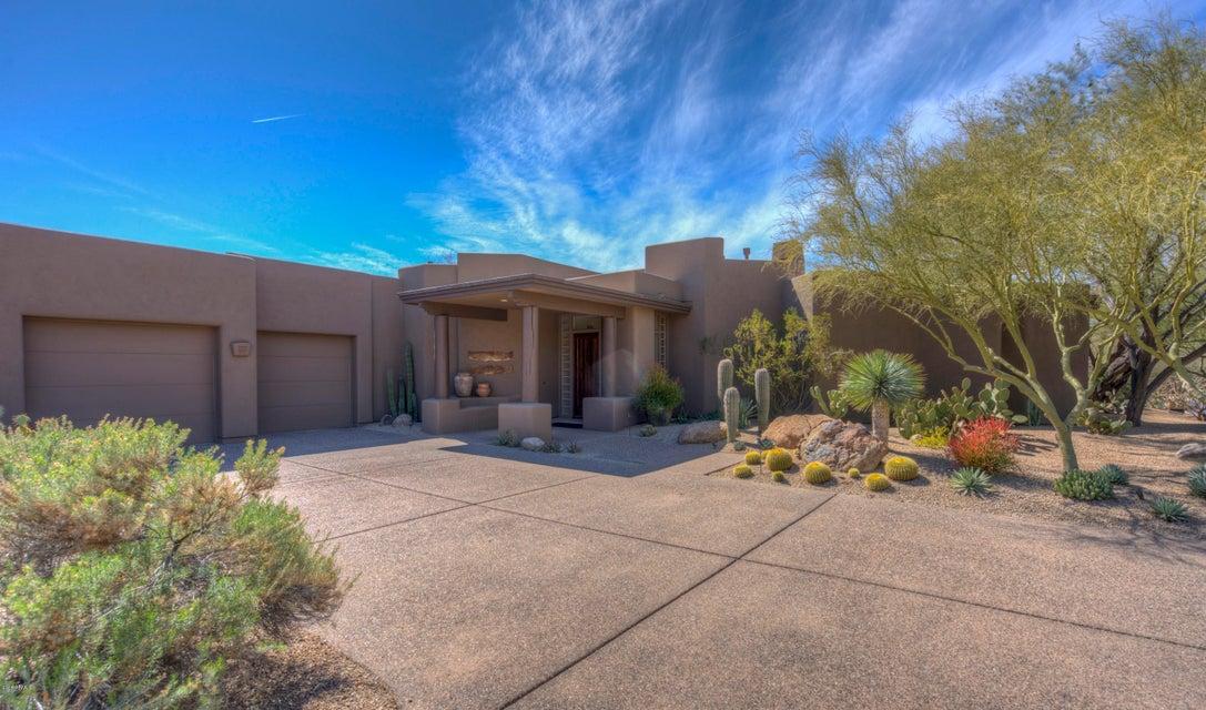 Photo of 7511 E CLUB VILLA Circle, Scottsdale, AZ 85266