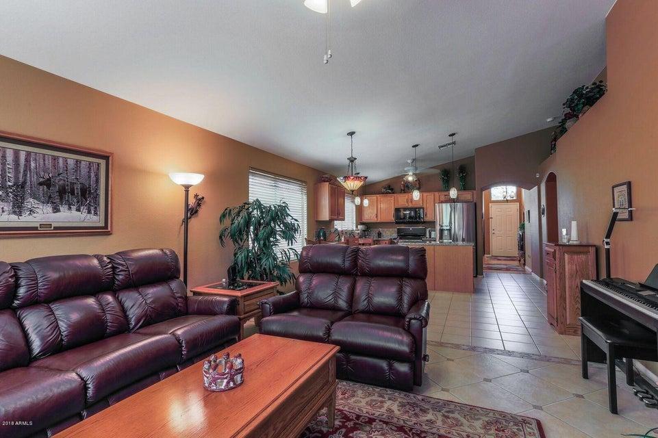 527 W MURIEL Drive Phoenix, AZ 85023 - MLS #: 5732266
