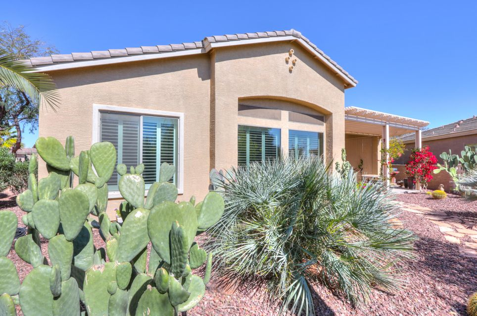 MLS 5732420 42403 W JAILHOUSE ROCK Court, Maricopa, AZ 85138 Maricopa AZ Near Water