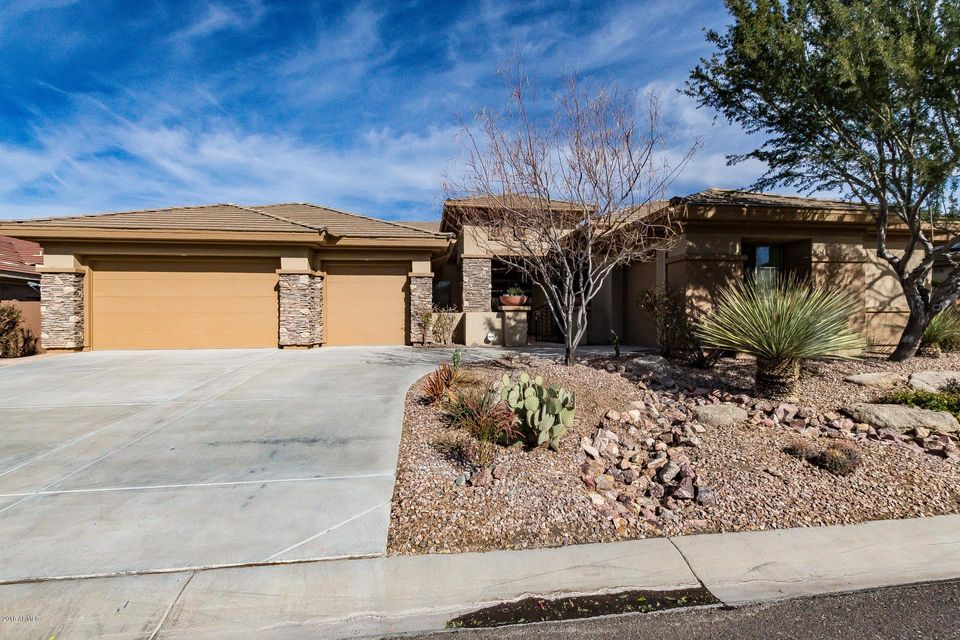 Photo of home for sale at 40226 Candlewyck Lane N, Anthem AZ