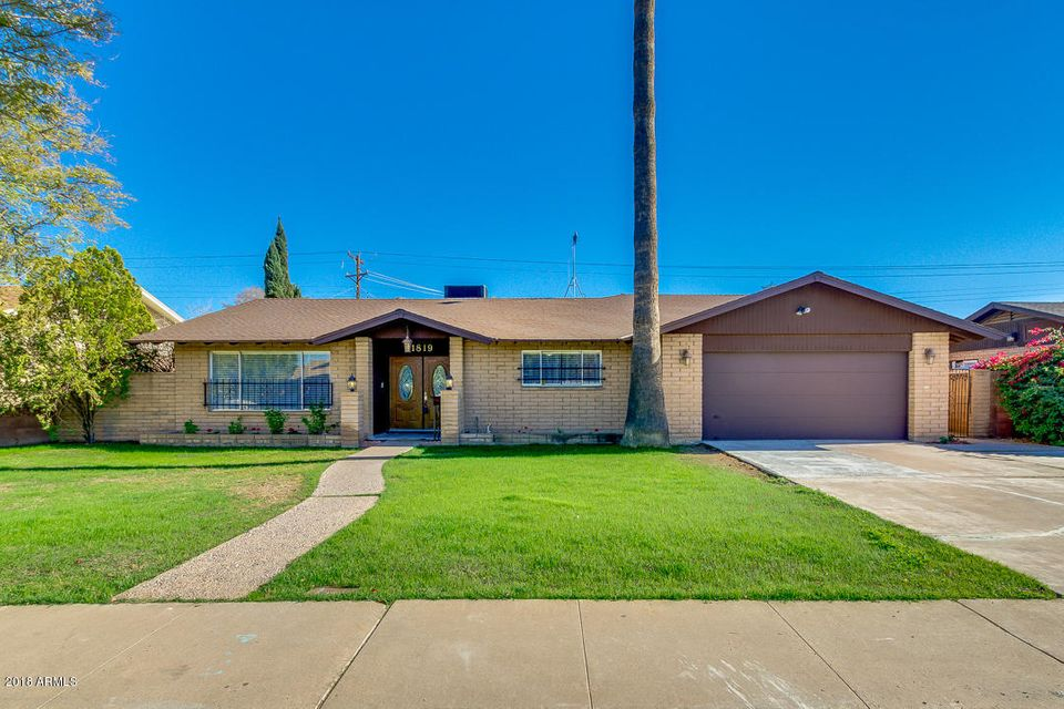 Photo of 1819 E CONCORDA Drive, Tempe, AZ 85282