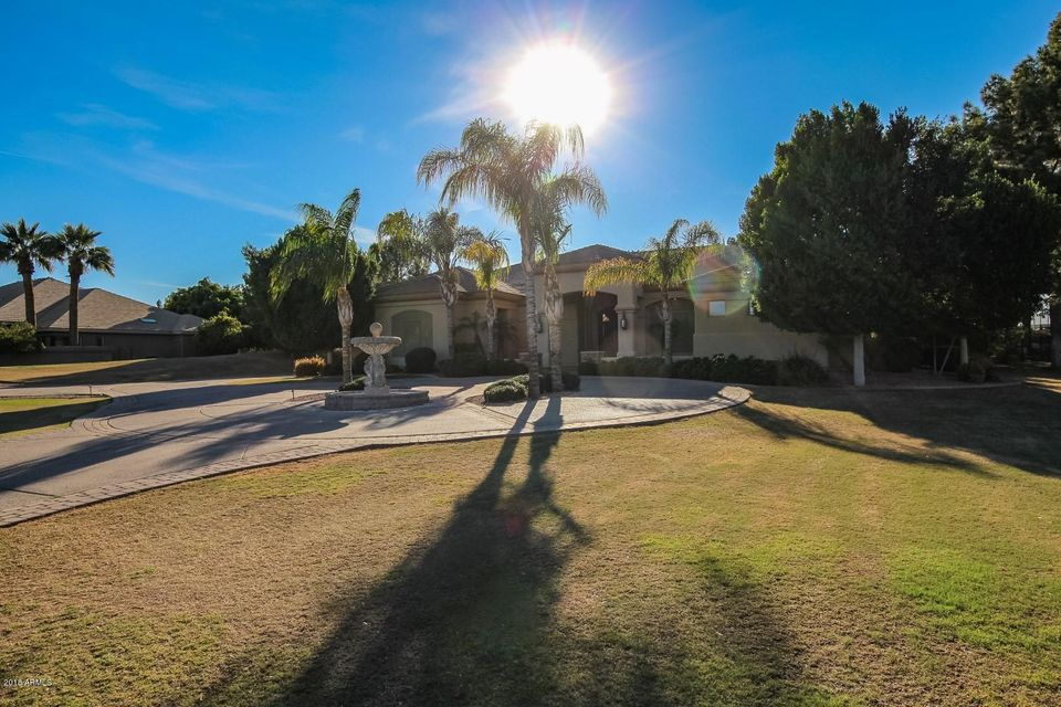 4 E OAKWOOD HILLS Drive Chandler, AZ 85248 - MLS #: 5735503