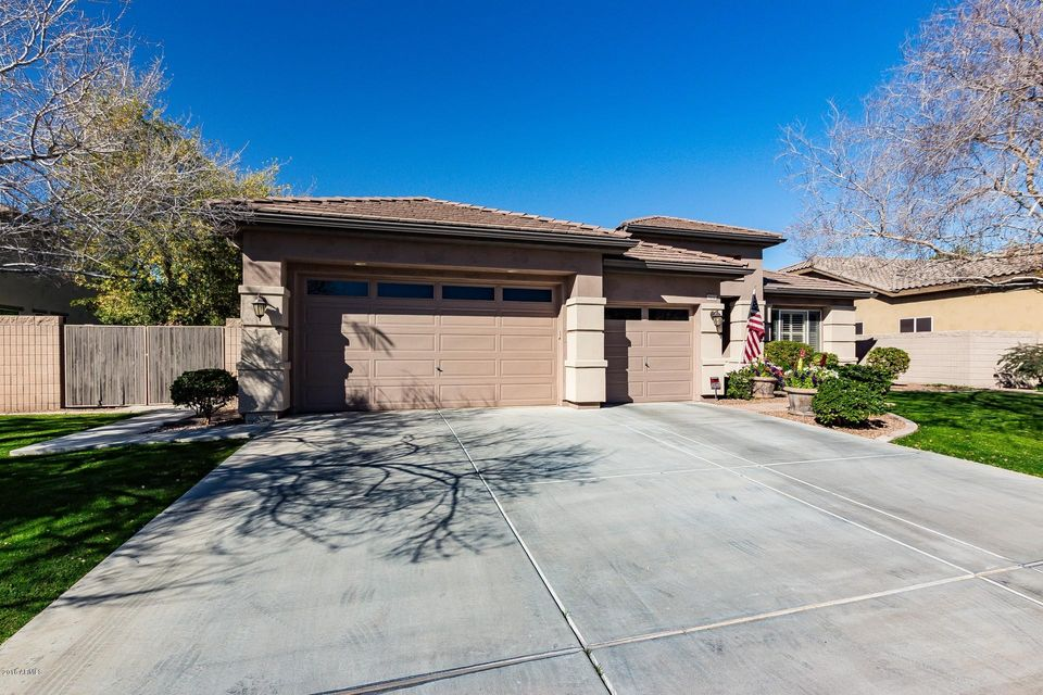 MLS 5732927 8632 W CLARA Lane, Peoria, AZ 85382 Peoria AZ Fletcher Heights