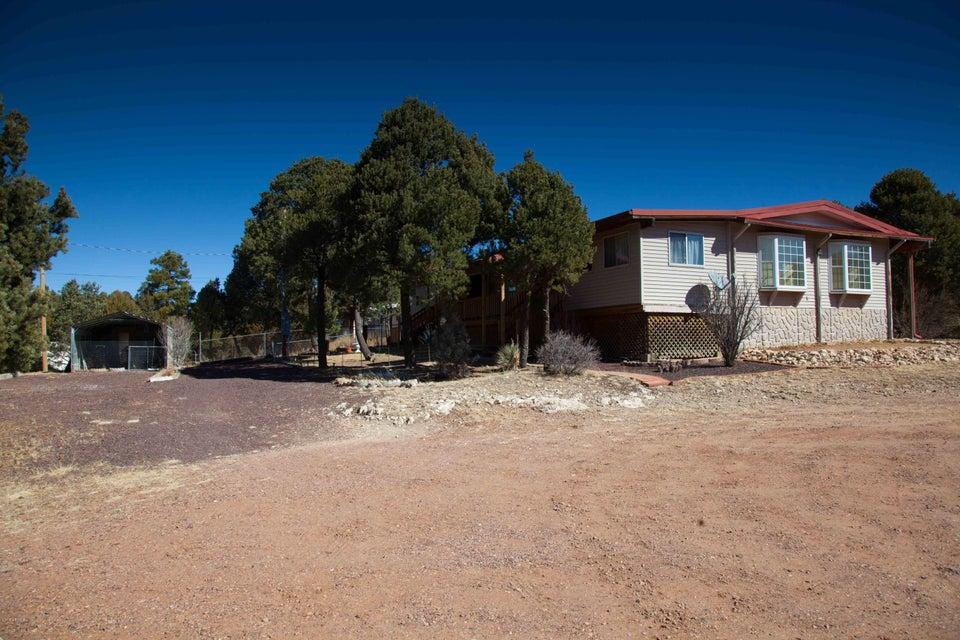 1998 Evergreen Circle Overgaard, AZ 85933 - MLS #: 5733177