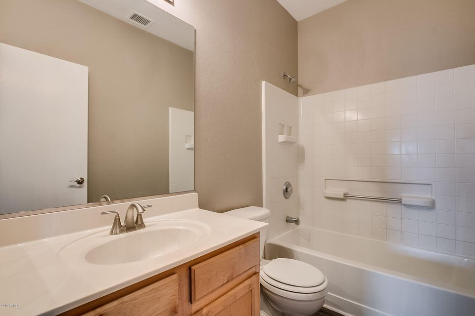 MLS 5733668 10305 E KIVA Circle, Mesa, AZ 85209 Mesa AZ Villages Of Eastridge