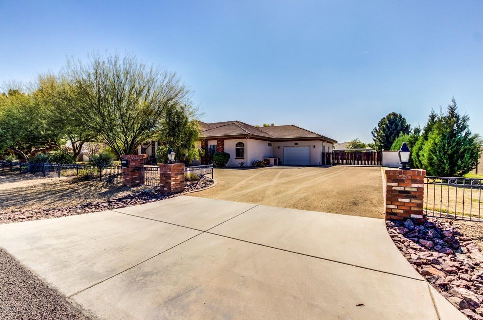 MLS 5734278 8219 W BANFF Lane, Peoria, AZ 85381 Peoria AZ Central Peoria