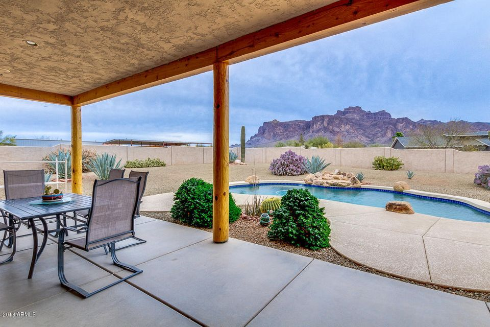 MLS 5734670 1025 N Boyd Road, Apache Junction, AZ Apache Junction AZ Golf Luxury