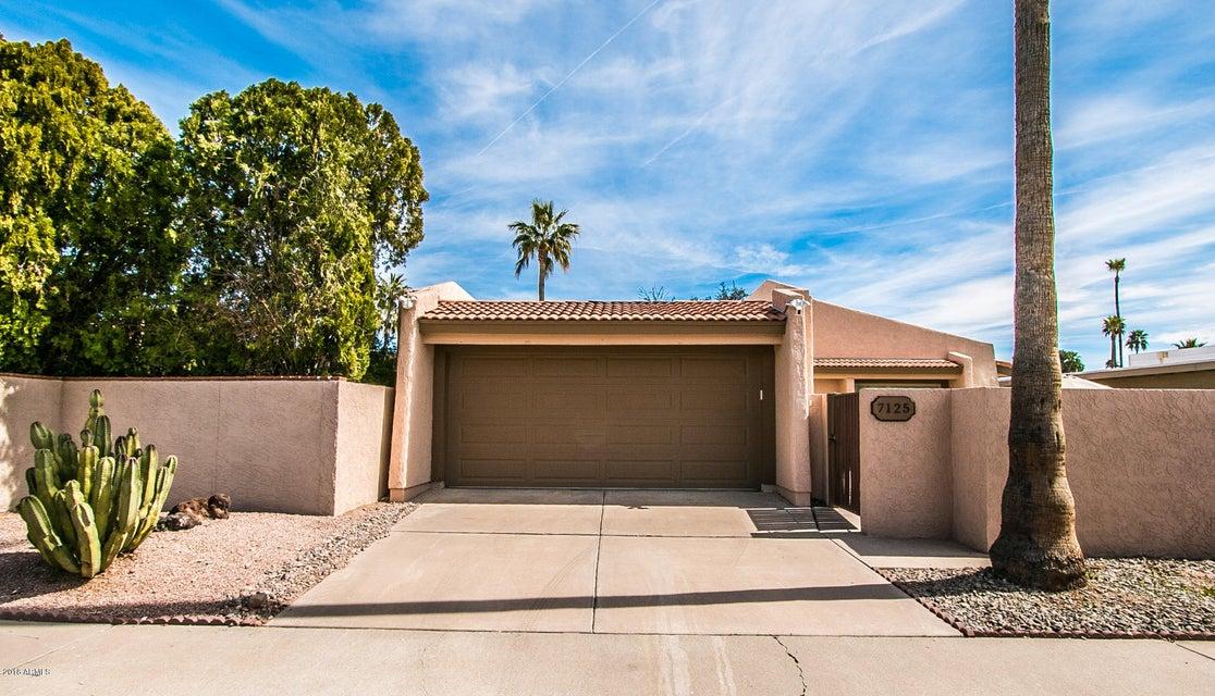 Photo of 7125 N VIA DE AMIGOS Street, Scottsdale, AZ 85258