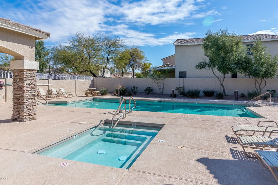 MLS 5733520 241 W WOOD Drive, Chandler, AZ 85248 Community Pool