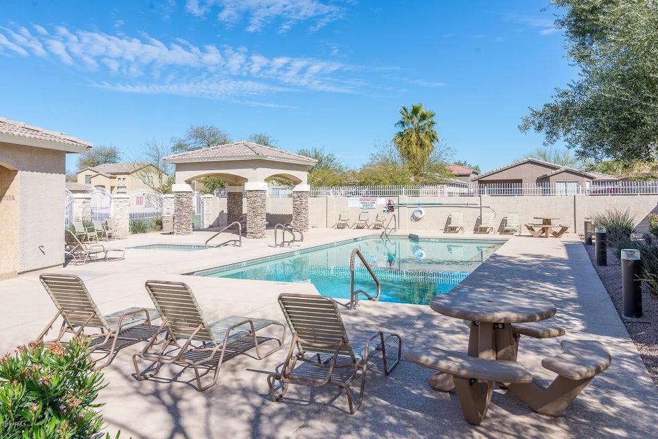 MLS 5733520 241 W WOOD Drive, Chandler, AZ 85248 Community Pool
