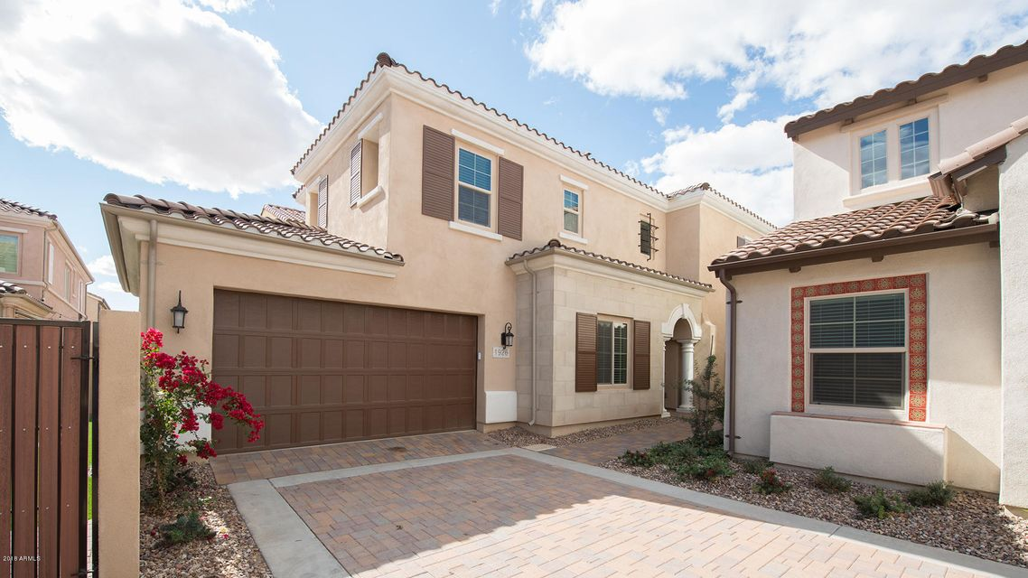 MLS 5729241 1926 W YELLOWSTONE Way, Chandler, AZ 85248 Villa Del Lago