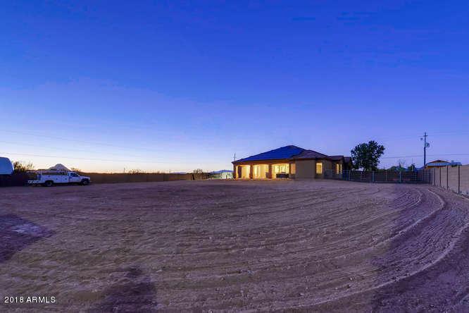 MLS 5735888 101 E SABROSA Drive, New River, AZ 85087 New River