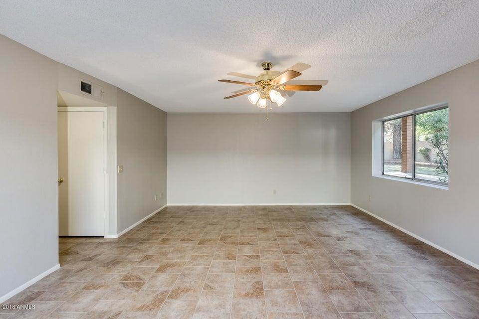 955 W BARCELONA Drive Gilbert, AZ 85233 - MLS #: 5736418