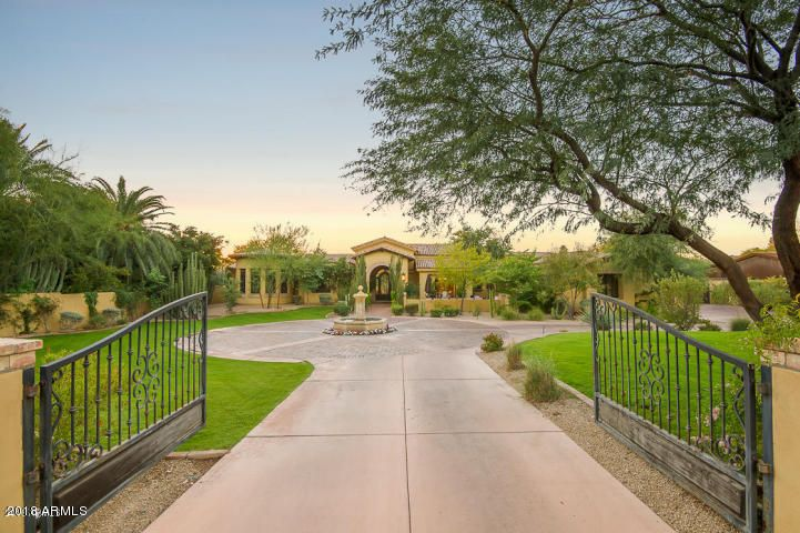 5726 N PALO CRISTI Road, Paradise Valley AZ 85253