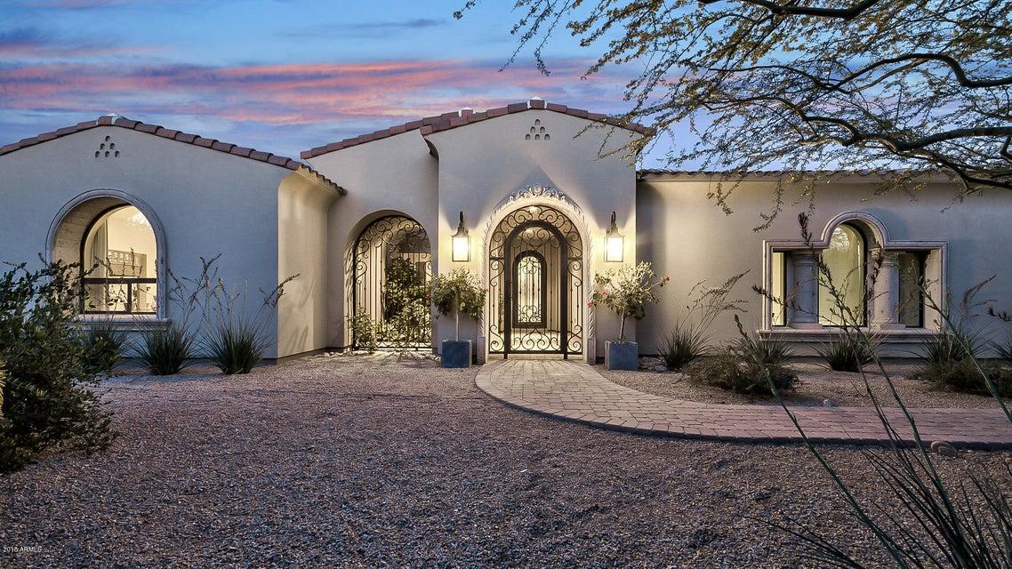 Photo of 6547 N 60TH Street, Paradise Valley, AZ 85253