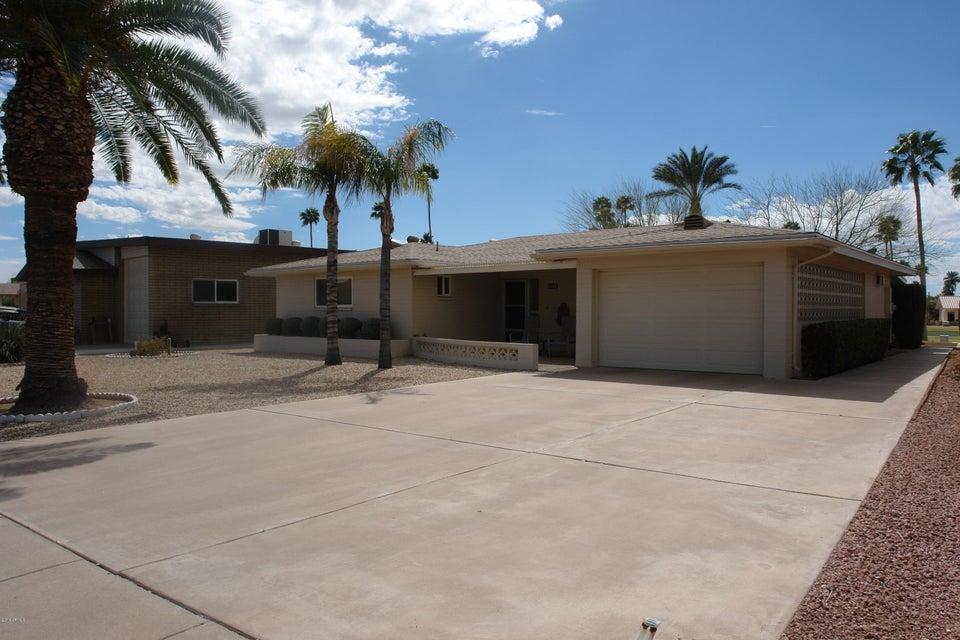 Photo of 2158 N NICKLAUS Drive, Mesa, AZ 85215
