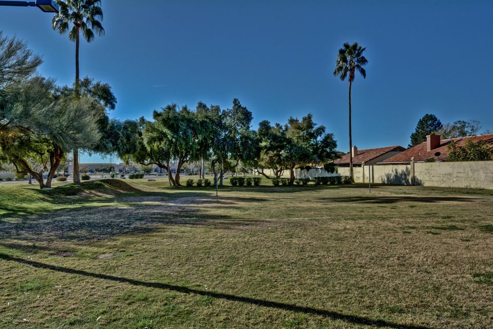 MLS 5737166 9038 W PORT ROYALE Lane, Peoria, AZ Peoria AZ Gated