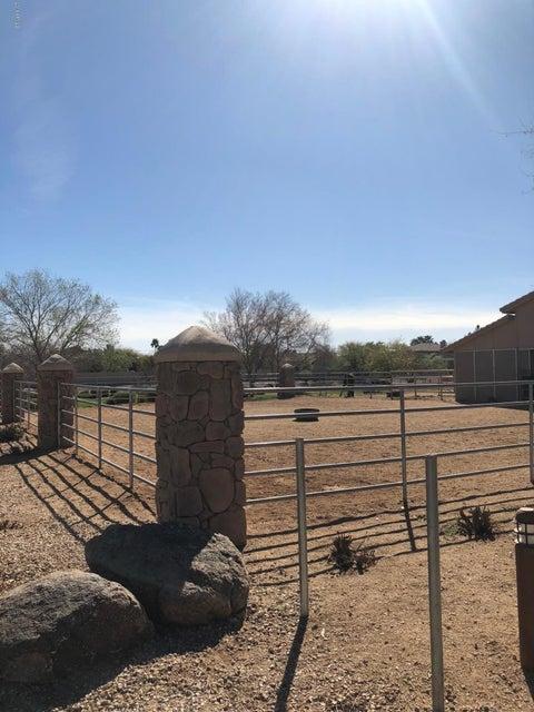 MLS 5737303 1571 E APPALOOSA Court, Gilbert, AZ 85296 Gilbert AZ Equestrian