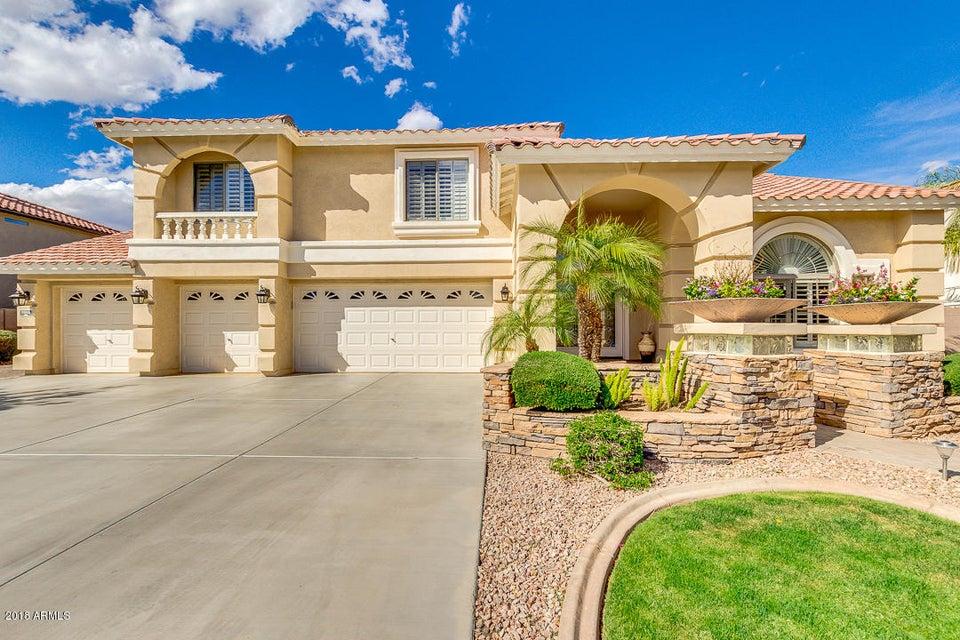 Photo of 9816 W SYDNEY Way, Peoria, AZ 85383