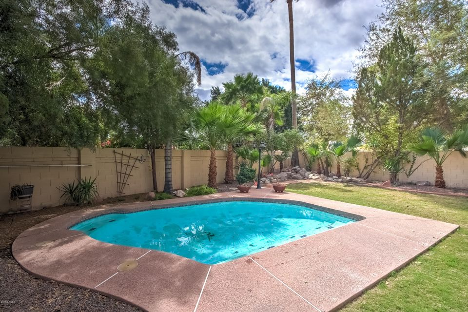 MLS 5737480 10937 W POINSETTIA Drive, Avondale, AZ 85392 Avondale AZ Lake Subdivision