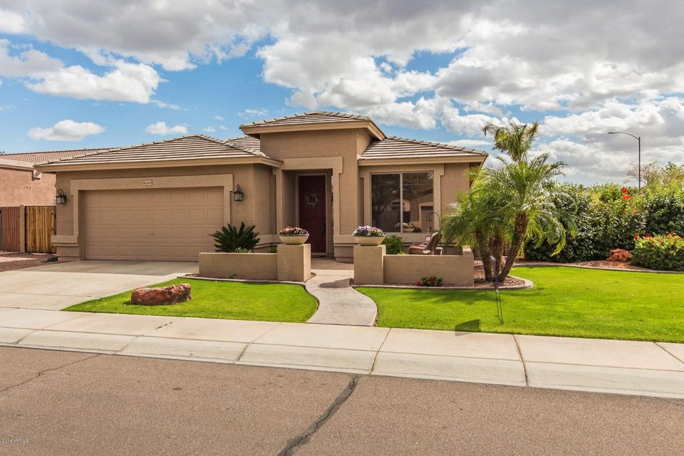 Photo of 8249 W MELINDA Lane, Peoria, AZ 85382