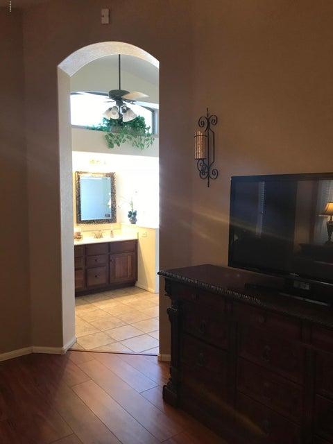 10242 W country club Trail Peoria, AZ 85383 - MLS #: 5737614