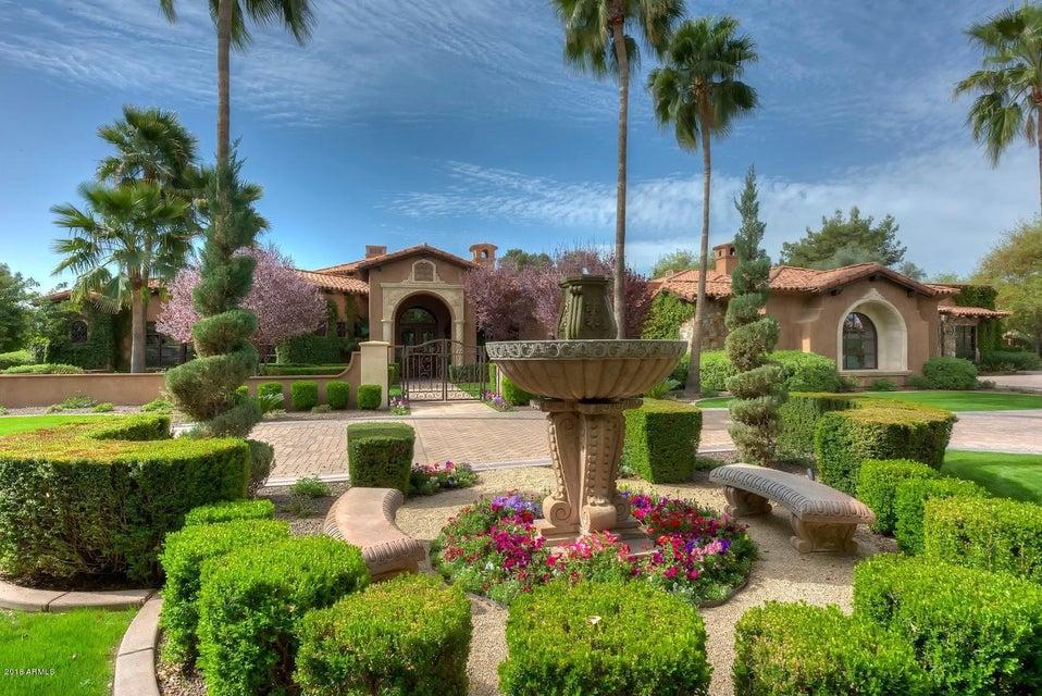 Photo of 6911 E BELMONT Avenue, Paradise Valley, AZ 85253