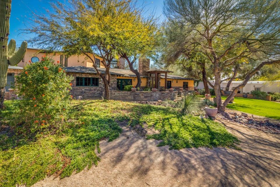 6627 N SMOKE TREE Lane, Paradise Valley AZ 85253