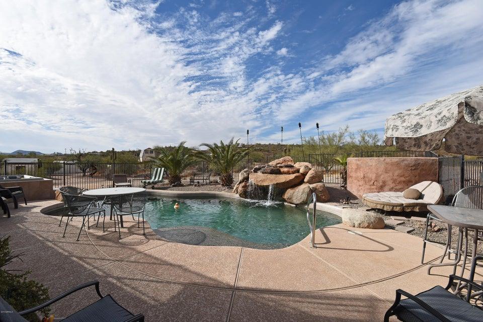 MLS 5739054 48016 N COYOTE PASS Road, New River, AZ New River Horse Property