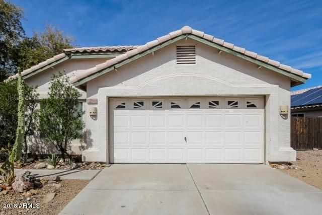 Photo of 8662 W PARADISE Lane, Peoria, AZ 85382