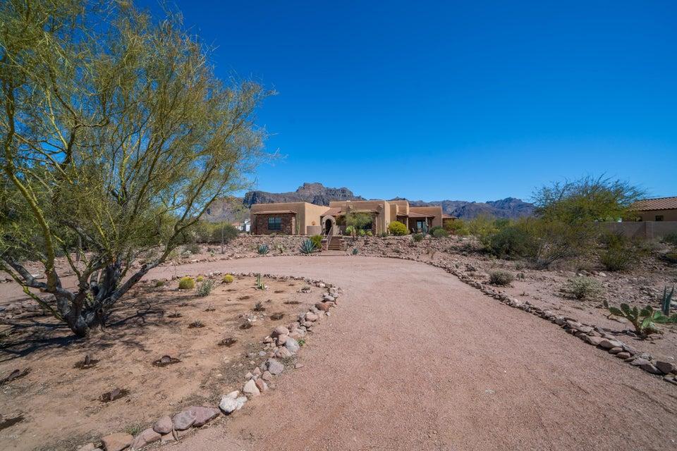 MLS 5739491 375 S Val Vista Road, Apache Junction, AZ Apache Junction Horse Property for Sale
