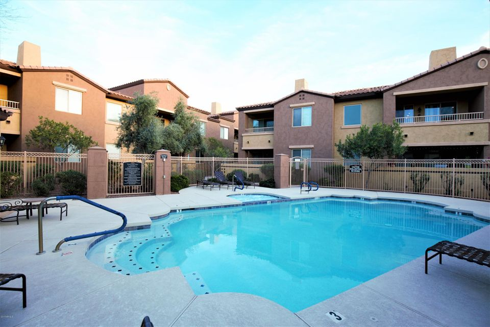 MLS 5739643 250 W QUEEN CREEK Road Unit 116 Building 13, Chandler, AZ 85248