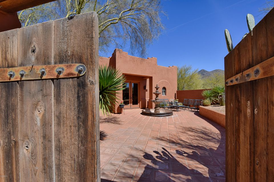 Photo of 5718 E PERDIDO Drive, Cave Creek, AZ 85331