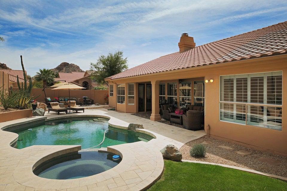 Photo of 14235 S 13TH Place, Phoenix, AZ 85048