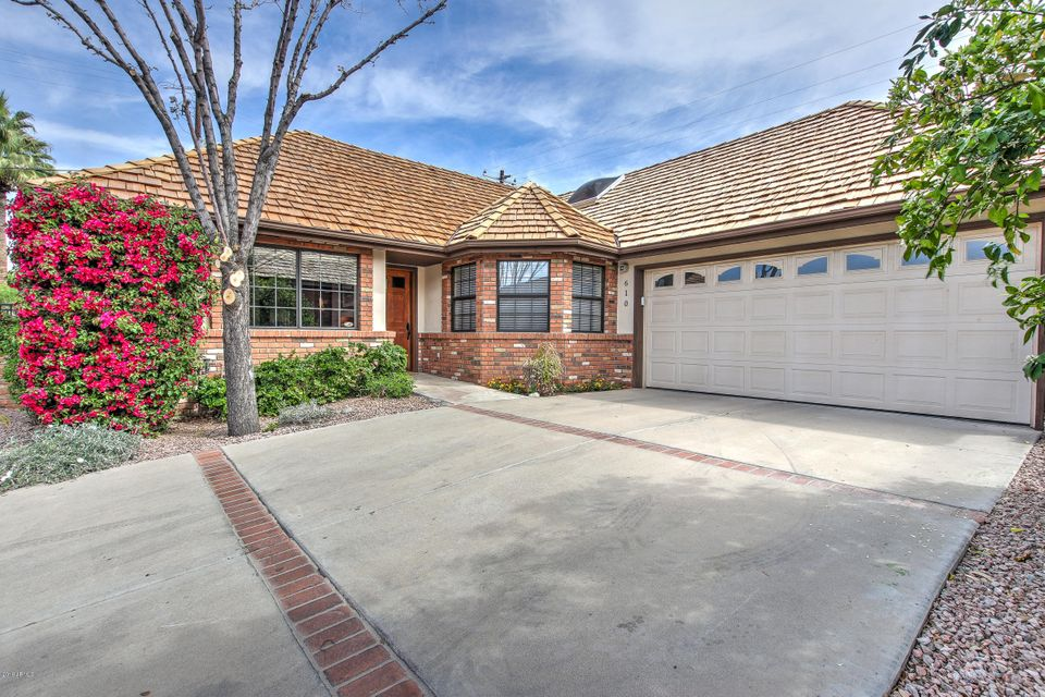 Photo of 610 W GLENN Drive, Phoenix, AZ 85021