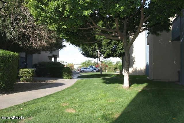 MLS 5739002 9435 N 59TH Avenue Unit 246, Glendale, AZ Glendale AZ Luxury