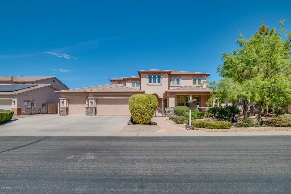 Photo of 2892 E BEECHNUT Place, Chandler, AZ 85249